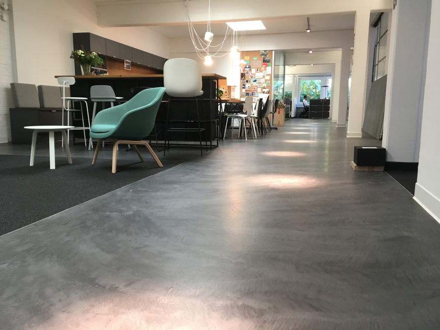 Büro, Material: Microtopping,